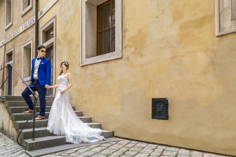 Prague Prewedding - Castle