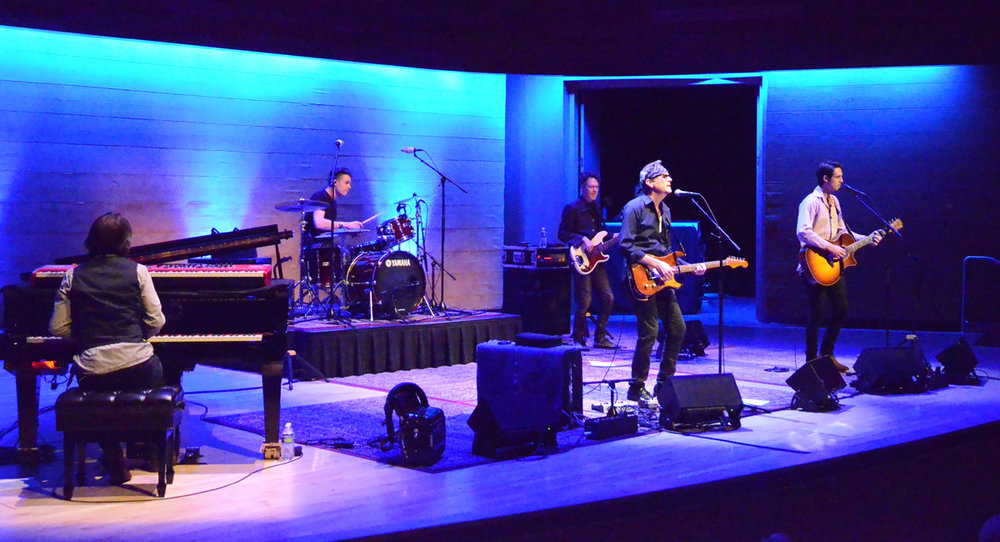 The BoDeans. Wide Shot Band.jpg