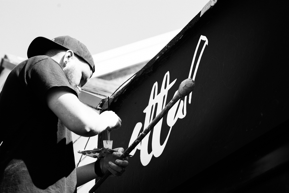 Alex_Sedgmond_Photography-Devils&Details-NickTheSignPainter-AttaboyCoffee-Aberkenfig-SouthWales-47.JPG