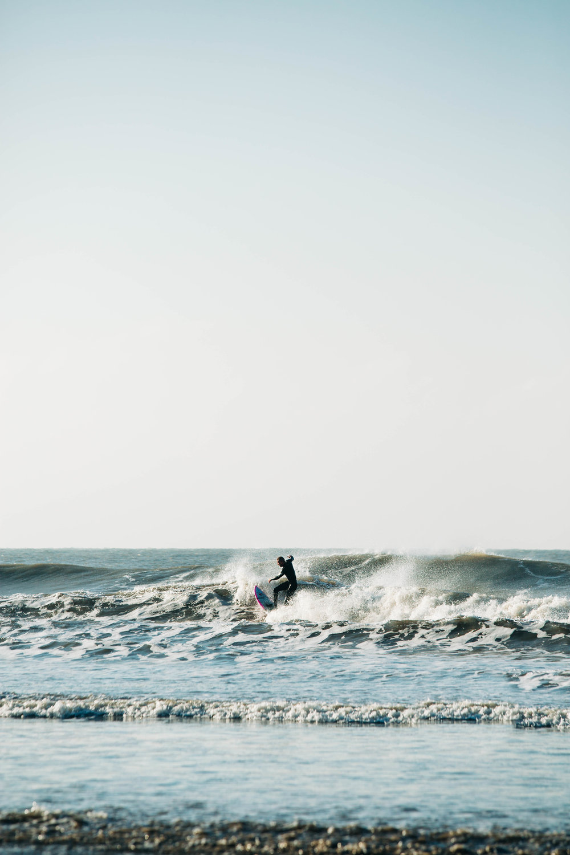 Alex_Sedgmond_Photography-Cardiff-SouthWales-PorthcawlRestbay-Surfing-EzraHames-39.jpg