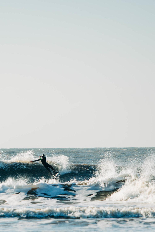Alex_Sedgmond_Photography-Cardiff-SouthWales-PorthcawlRestbay-Surfing-EzraHames-57.jpg