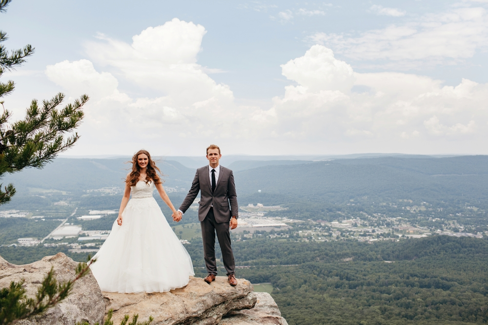 Wedding photo at Sunset Rock on Lookout Mountain