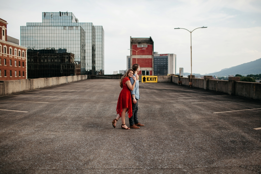 Chattanooga-Engagement-Photography_0010.jpg