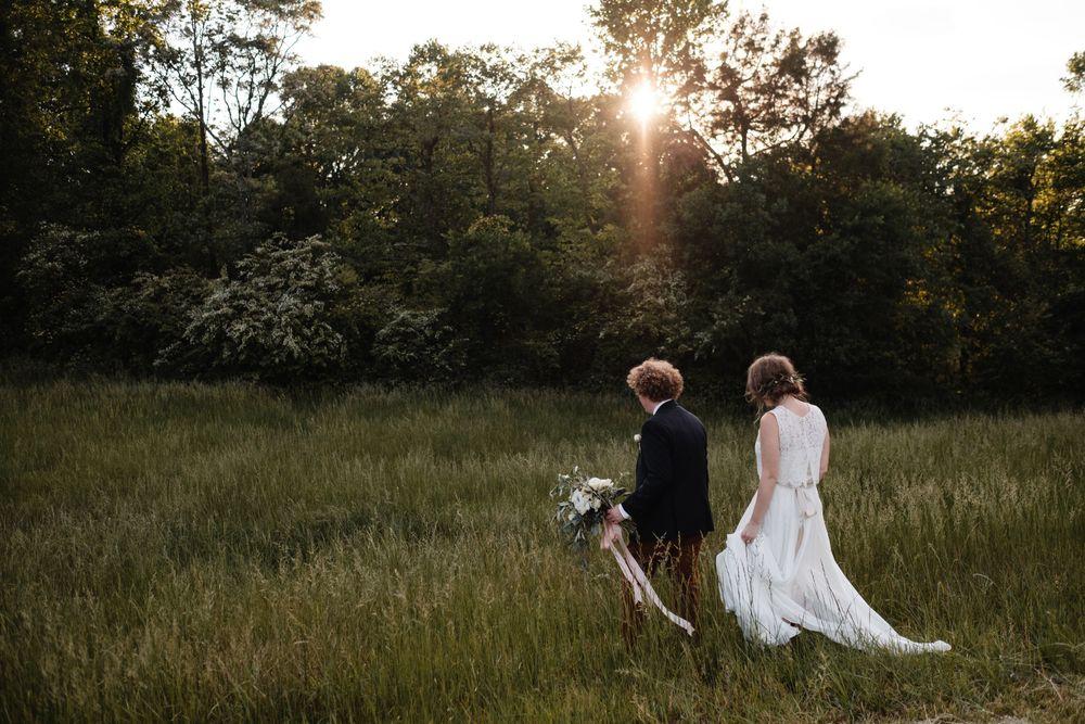 backyard-wedding-photos-greenville-lesley-aaron_0022.jpg