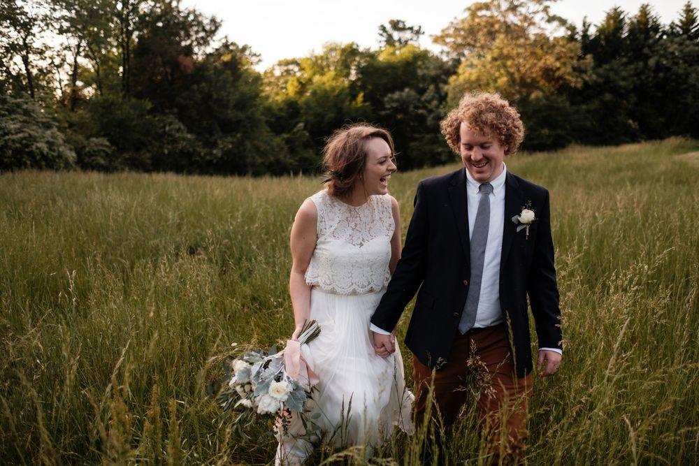 backyard-wedding-photos-greenville-lesley-aaron_0028.jpg