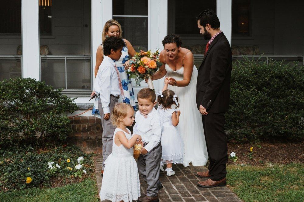 chesapeake-bay-backyard-wedding-photos_0024.jpg
