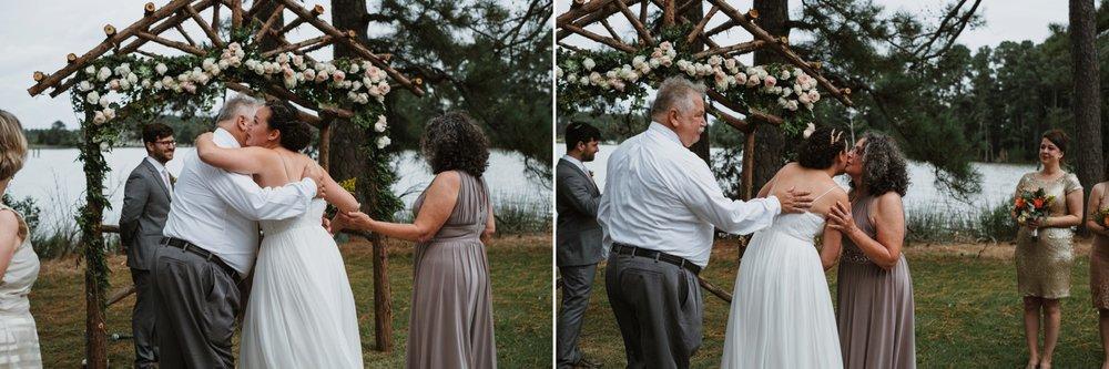 chesapeake-bay-backyard-wedding-photos_0034.jpg