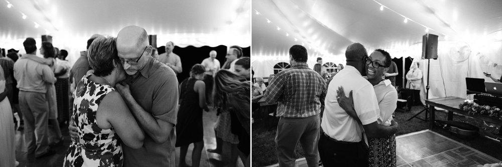 chesapeake-bay-backyard-wedding-photos_0057.jpg
