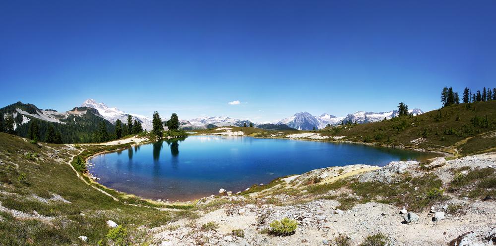Exploring Elfin Lakes in British Columbia