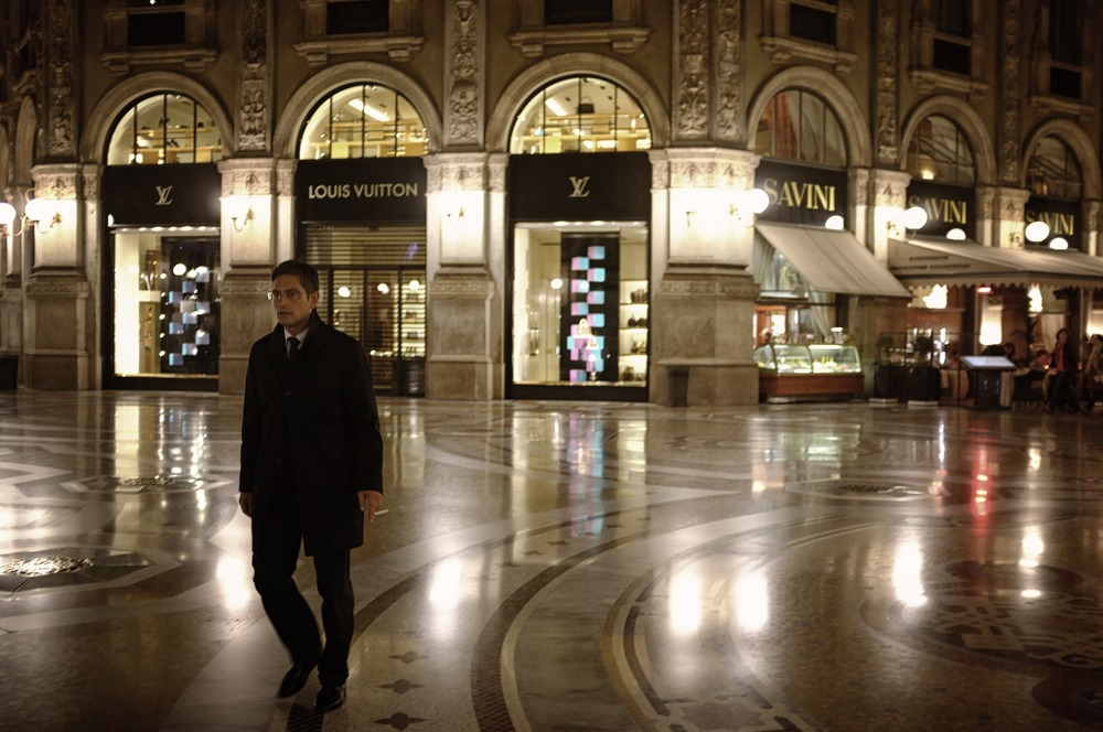 Milan-shopping.jpg