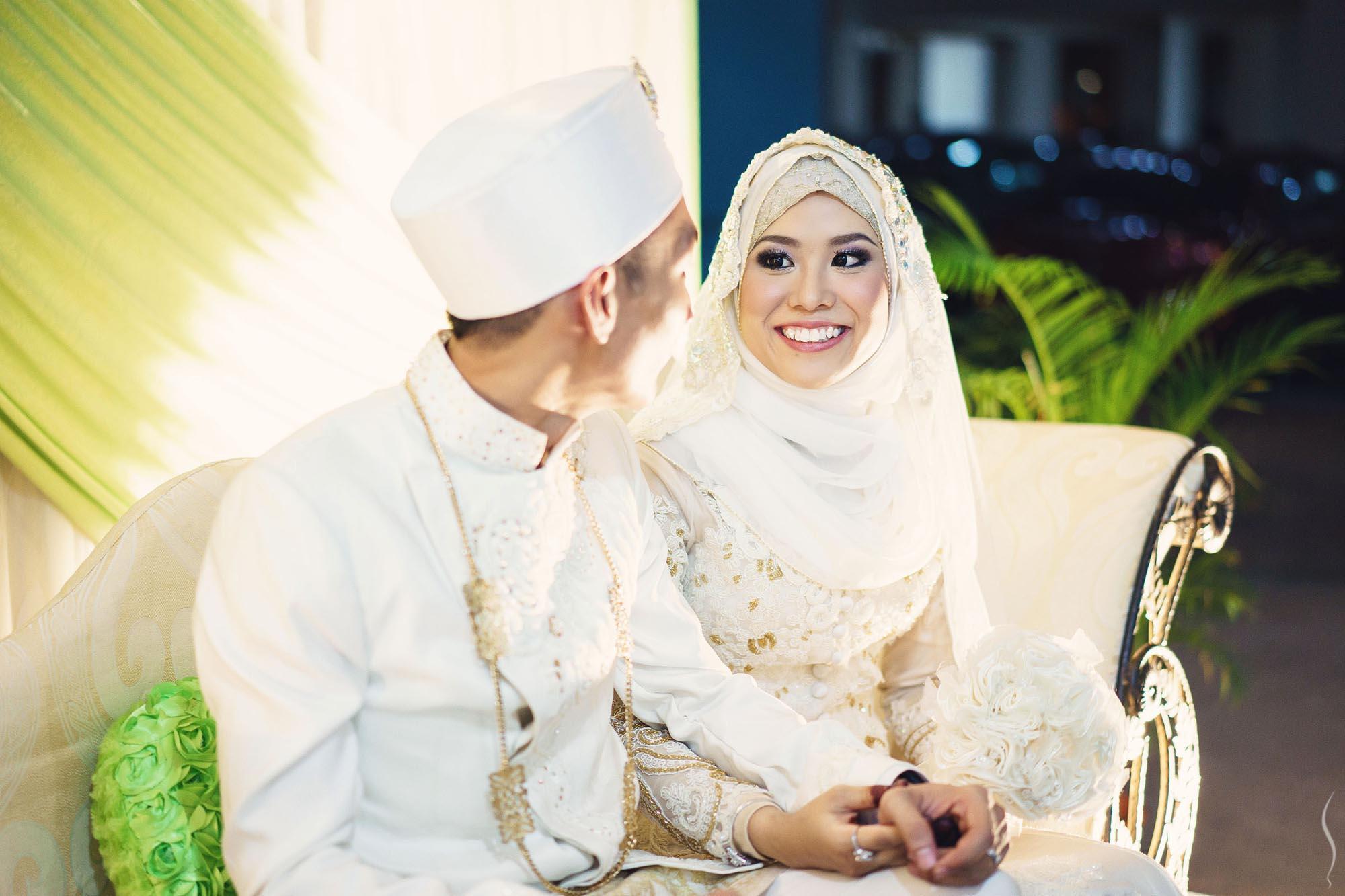 Malay-Chinese Wedding at Lagun Sari: Roy & Ema — Simplifai Studios