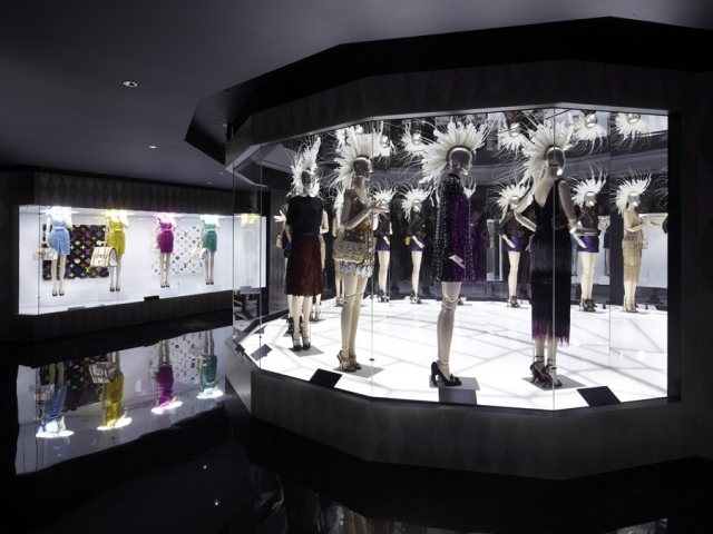 philipp-mohr-exhibition-design-louis-vuitton07.jpg