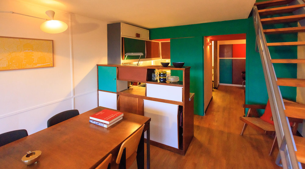 philipp-mohr-designer-berlin-corbusier-apartment2.jpg