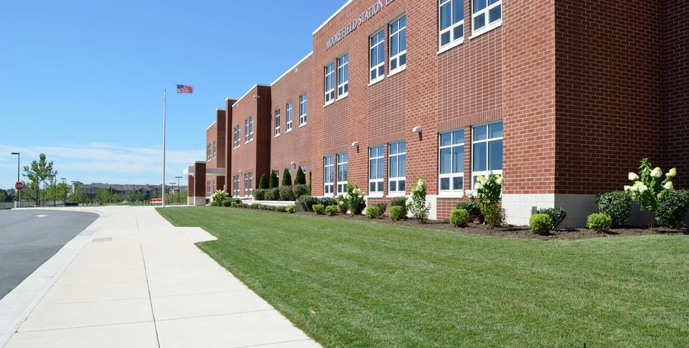 Moorefield Station Elementary School.jpg