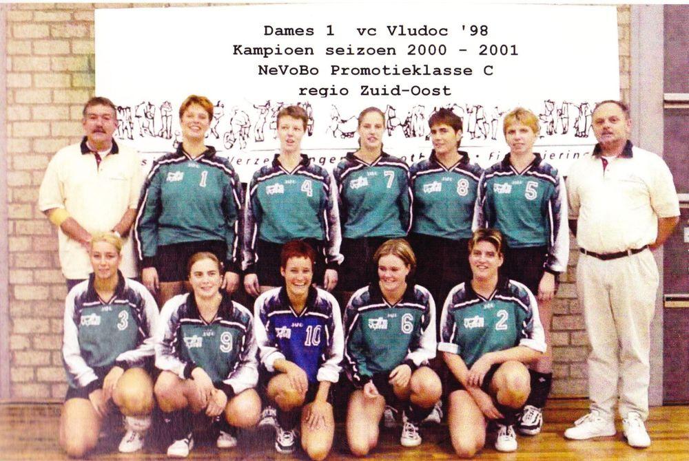 Dames 1 Vludoc '98 Seizoen 2000/2001