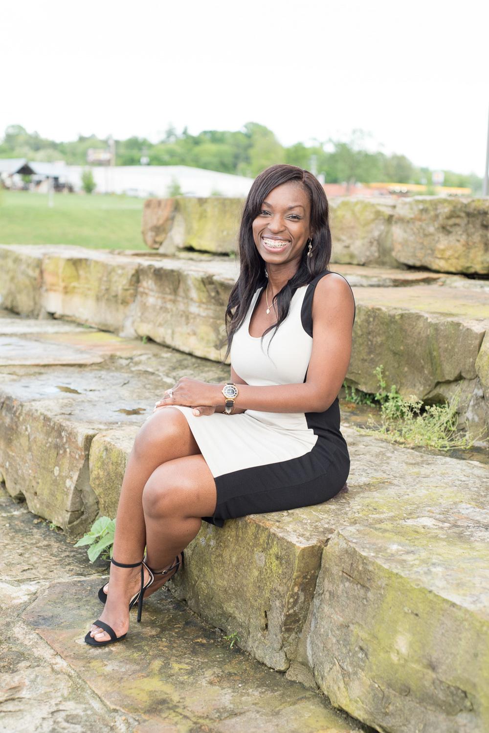 Small business headshot photos in Clarksville, TN // dphillipsphotography.com