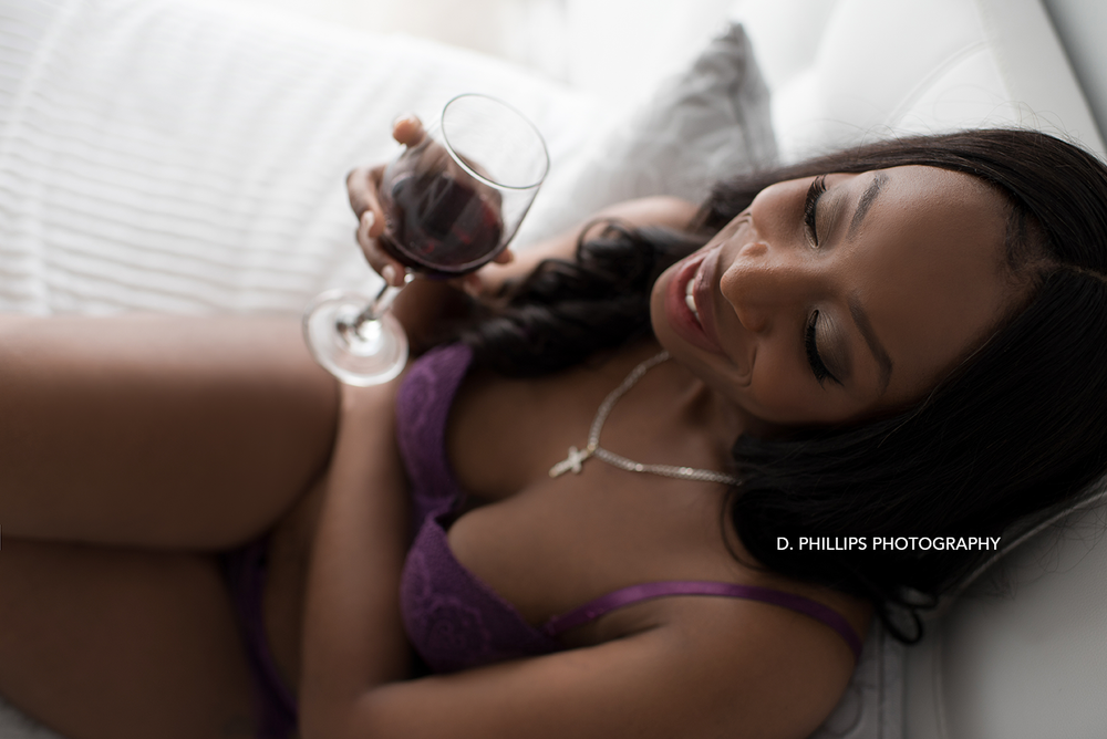 Accessories to bring to your next boudoir session with D. Phillips Photography