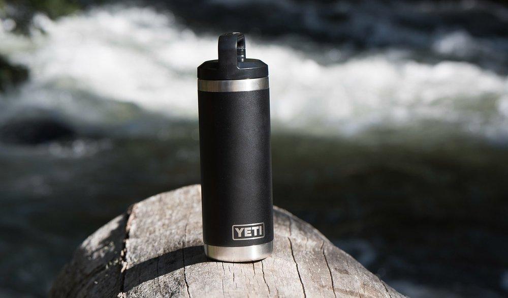 170335-18oz-bottle-duracoat-color-lifestyle-black-01-1500x879.jpg