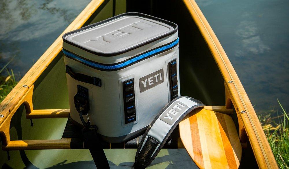 Yeti Hopper Flip 12 blue.jpg