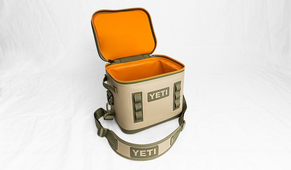 Yeti Hopper Flip 12 tan open.jpg
