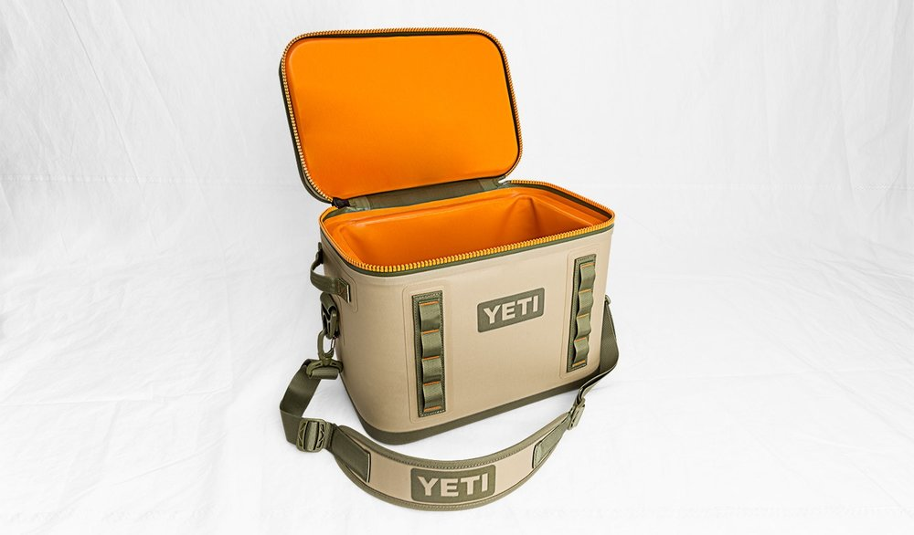 Yeti Hopper Flip 18 tan open.jpg