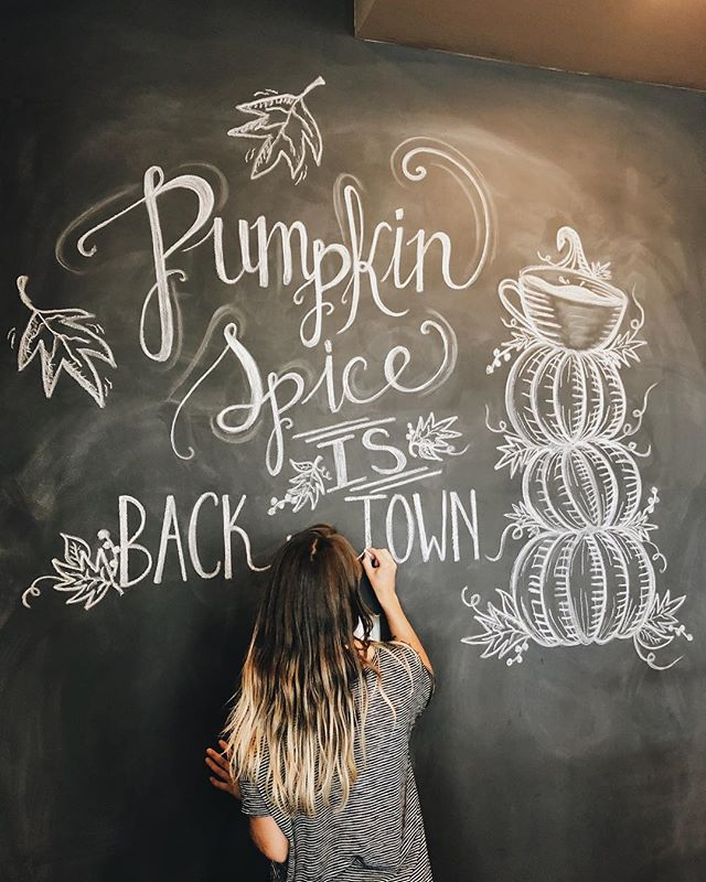 Read the sign and rejoice... Pumpkin spice is back! 🍁 Salted caramel pumpkin spice lattes, and pumpkin spice chai! Your autumn cravings will now be satisfied with our new seasonal drinks. Come in tomorrow and welcome in pumpkin spice season with us! // Our featured chalk board artist: @summer.the.person. Summer is very talented in her work and always delivers a creative and unique look. We highly recommend her 😉🙌🏼