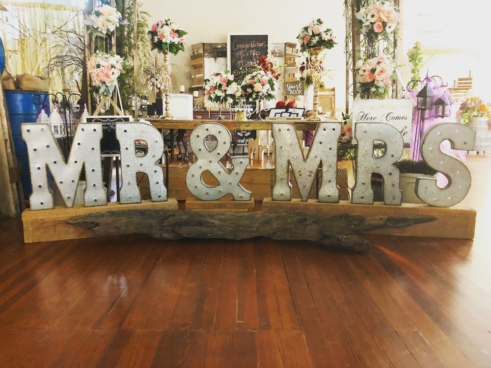 MR & MRS Setting