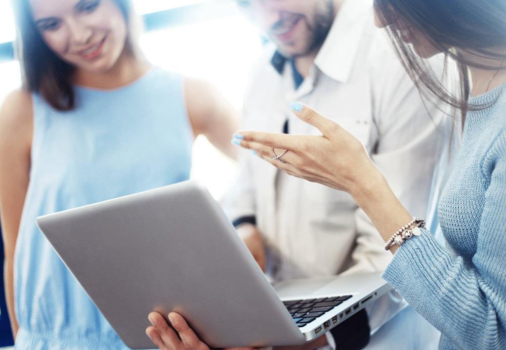 O mercado está mudando cada vez mais rápido e os profissionais de marketing precisam adaptar seus planos para aproveitar as oportunidades que se apresentam.