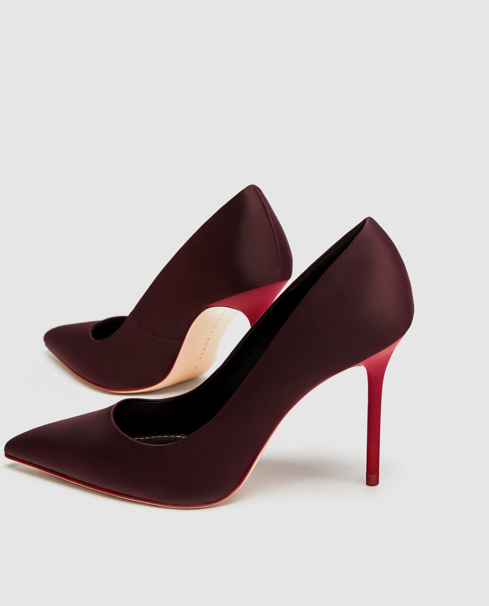 These Zara heels are in a classic, beautiful Aubergine color that will immediately add style to any simple look--and are UNDER $60?! Steal.