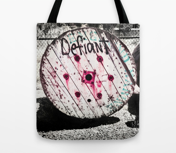 defiant-fishing-tote-bag-brewery-web.jpg