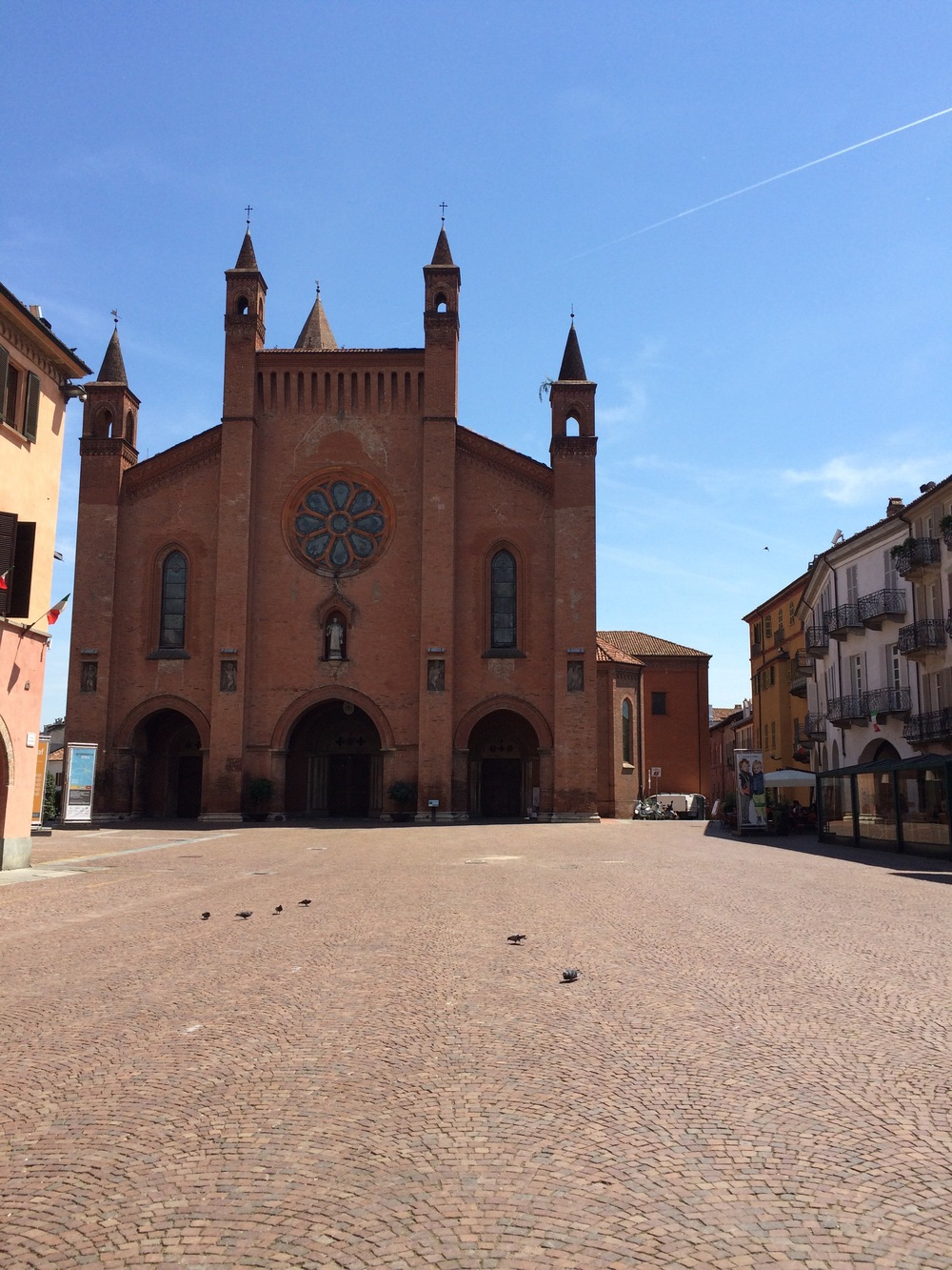 the Piazza Doumo in Alba