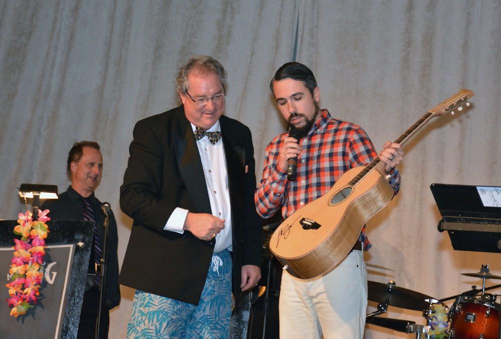 Chris Alvarado Guitar-ECCAC Gala 2016-2.jpg