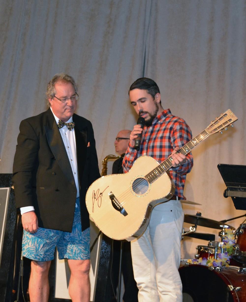 Chris Alvarado Guitar-ECCAC Gala 2016-1.jpg