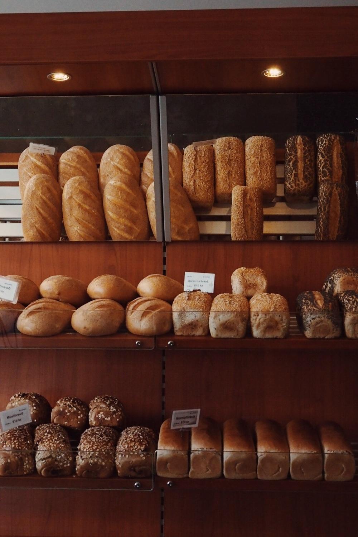 bakari breads