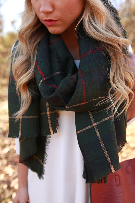 2014111117243400-2015120709593400-44cozy-love-blanket-scarf-in-green_1024x1024.jpg
