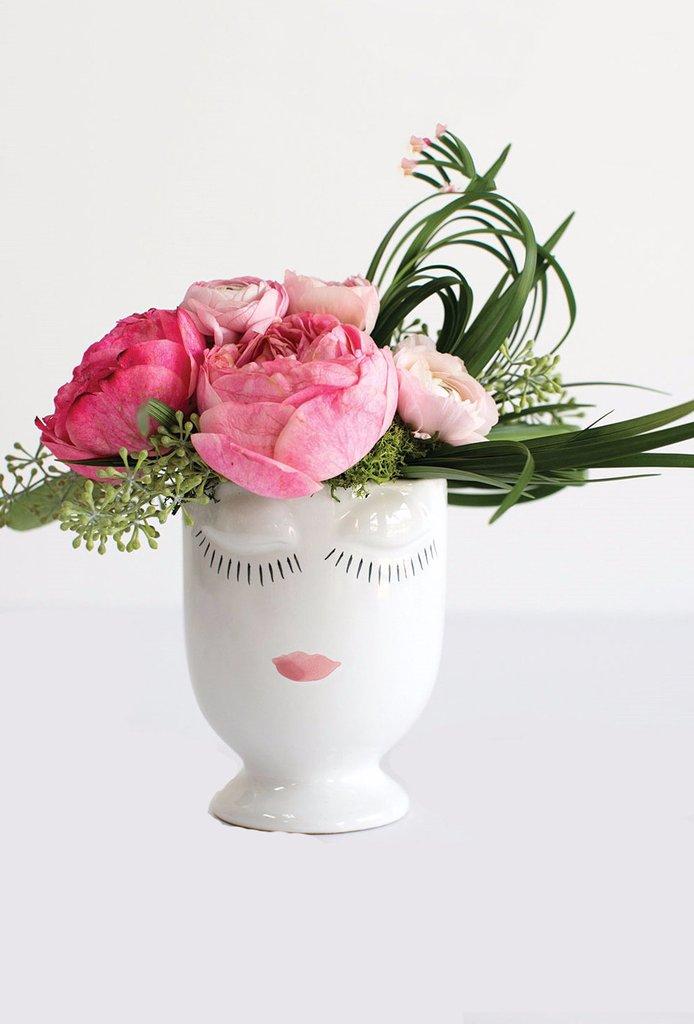 Celfie Face Vase.jpg