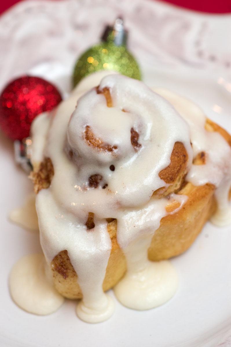 Etta's-cinnamon-rolls-2