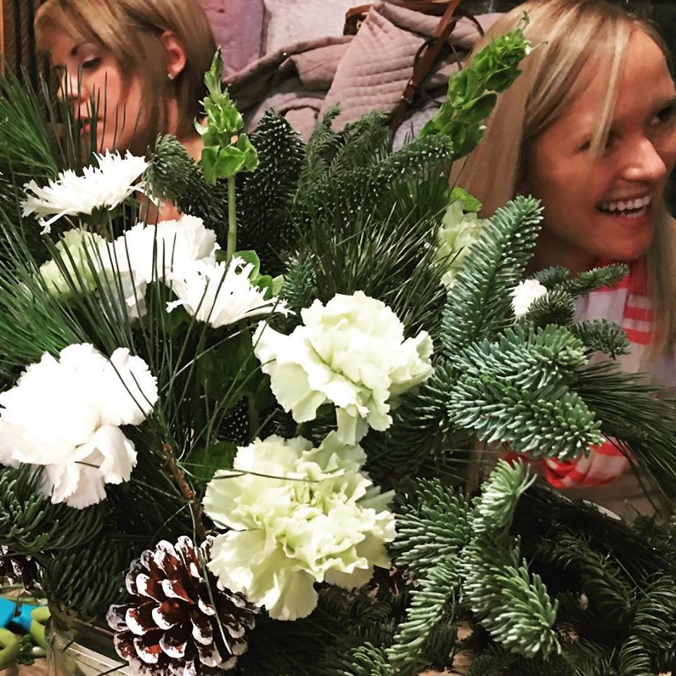 Holiday Centerpieces with the Junior League - December 2015