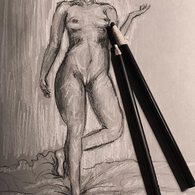 I really missed charcoal, any art school friends in NYC want to set up a figure drawing night ? #charcoal #figuredrawing #risdalumni