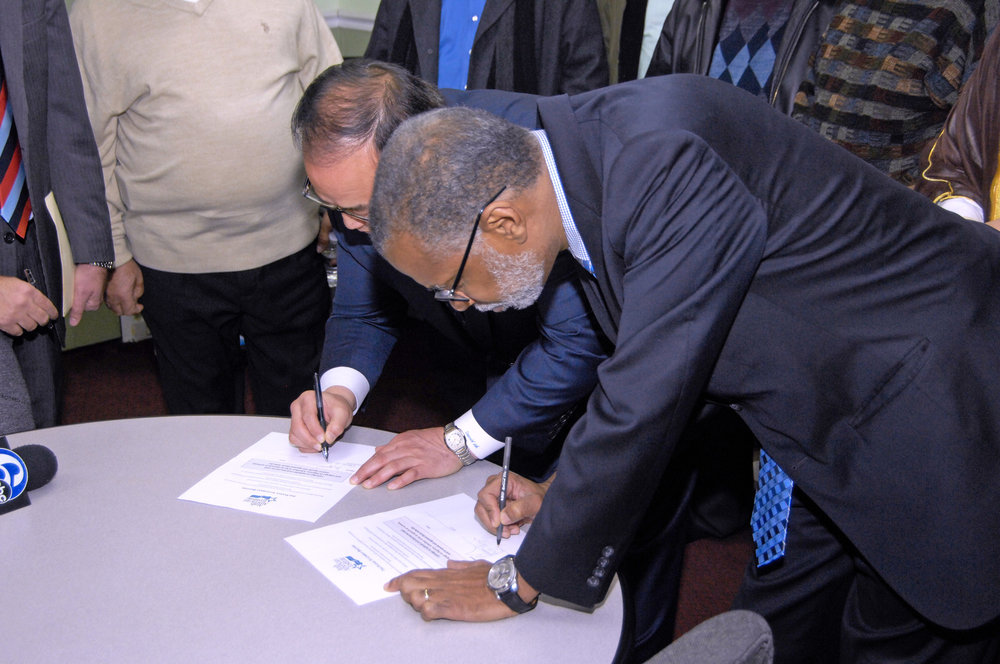 Signing-of-Anti-Bigotry-Pledge-177_edited-1.jpg