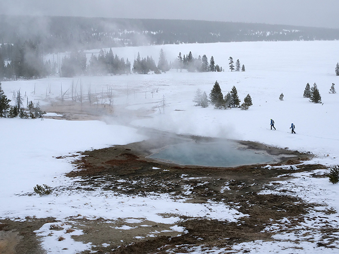 hot_spring.jpg