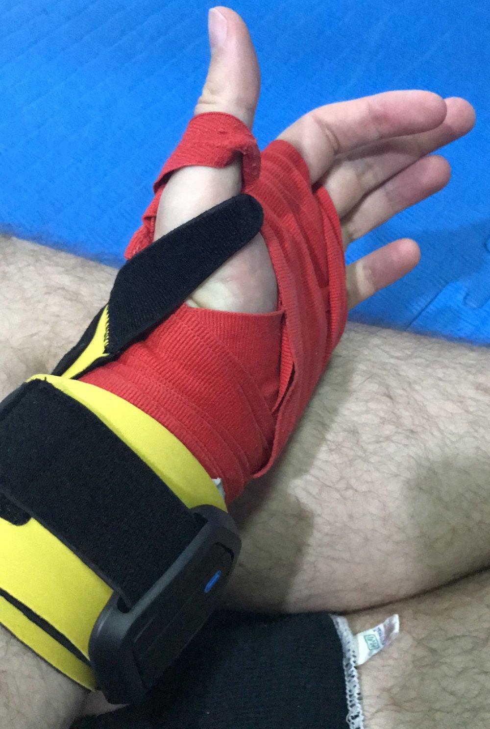 EverlastandPIQ-worn-on-wrist.JPG