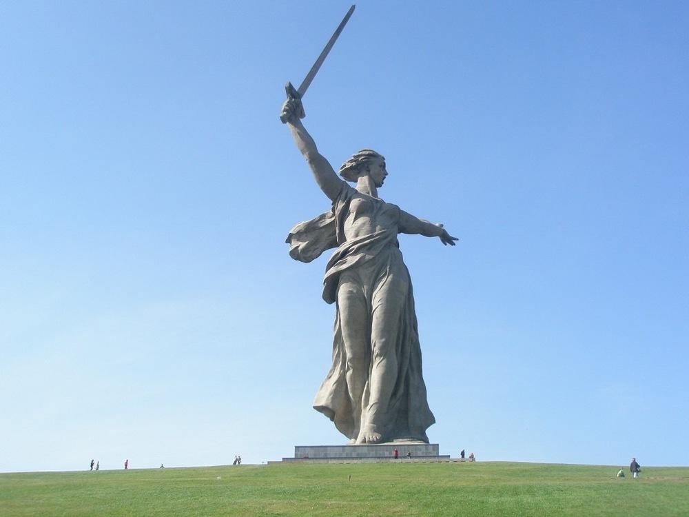 The Motherland Calls 1967 Yvegny Vuchetich with Nikolai Nikitin