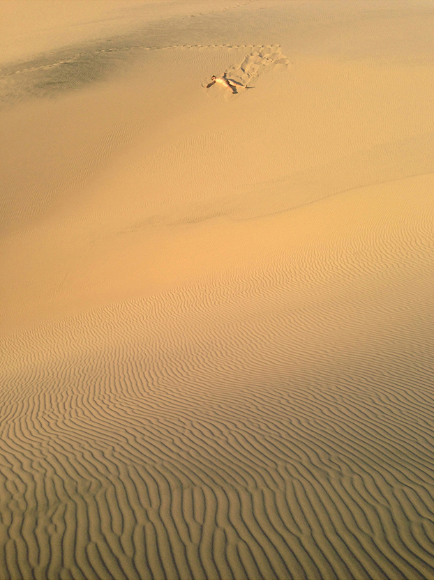 Ian enjoying the Kelso Dunes in the Mojave Desert in what turns out to be the best way to enjoy any sand dunes.