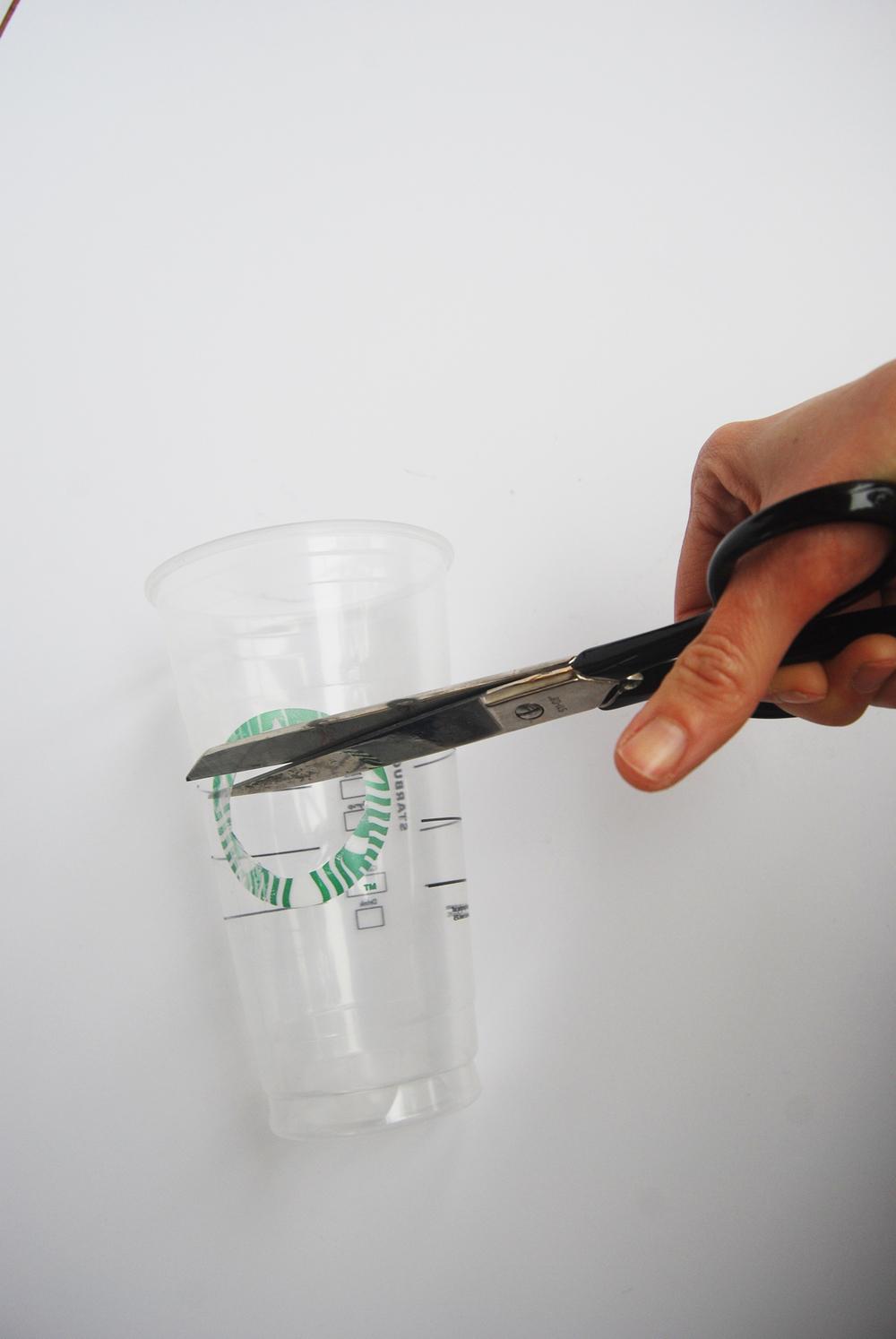 starbucks_recycled_cup_speakers_8.jpg