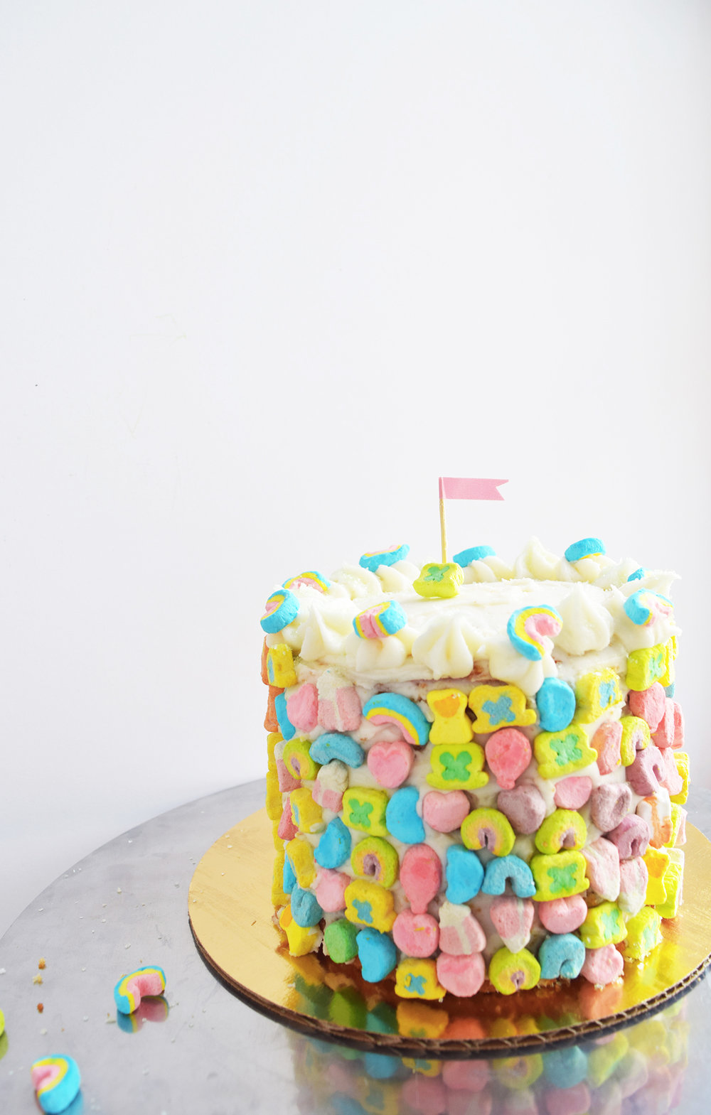lucky_charms_cake_sq.jpg
