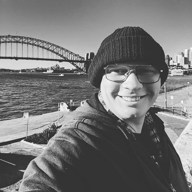 Obligatory selfie of yours truly this Monday morning, keeping my head warm at #Sydney harbour. #havecamerawilltravel #todaysoffice