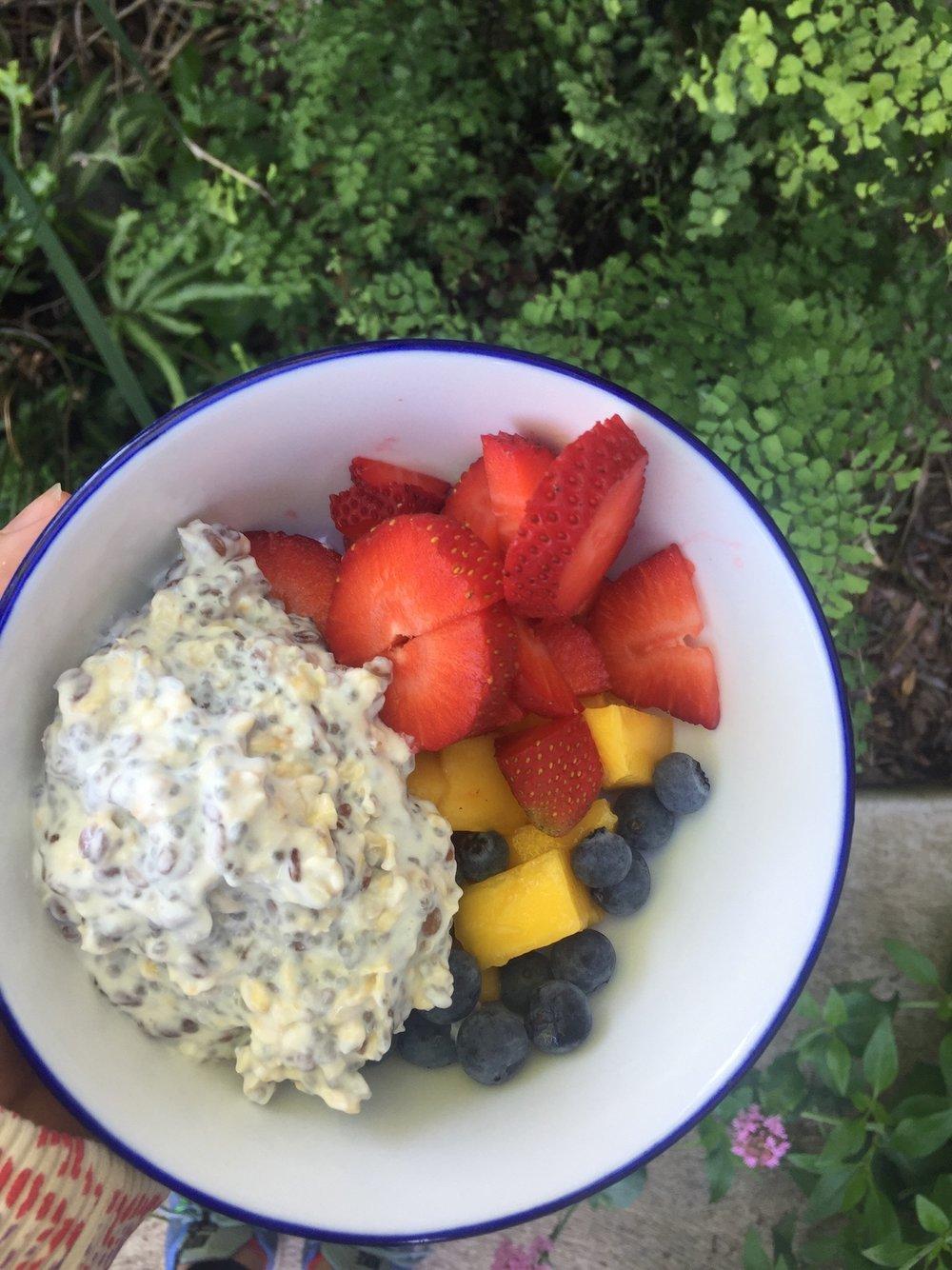 overnight-oats-fruit.jpg
