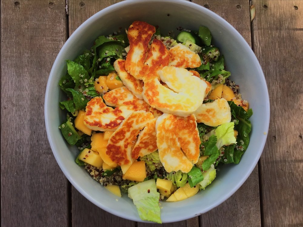 Easy and delicious mango, haloumi and quinoa salad