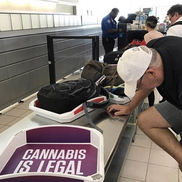 #Cannabis ads appear in #TSA checkpoint trays at the airport.  GET YOUR WEED CLUB MEMBER CARD FOR BARCELONA HERE!  Drop us a DM or find out more in our bio!  #weedadvisor #weedtour #weedclub  THE GREEN GENTLEMEN present HIGH OF LIFE ----------- Tag your pictures with #HIGHOFLIFE to get a chance to be featured. ----------- 👉 Follow: @2high4yall 👉 Tag: #highoflife ----------- #weed #herb #educateyourself #marijuana #marihuanalifestyle #2high4yall #highman #highlife #medicalmarijuana #weedlife #marijuanamovement #legalizeit #marijuanaclub #territoryofthegreengentlemen  #thegreengentlewomen #theweedway ----------- ❕ Facebook: High of Life❕